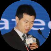 彩虹集团公司总经理助理杨国洪